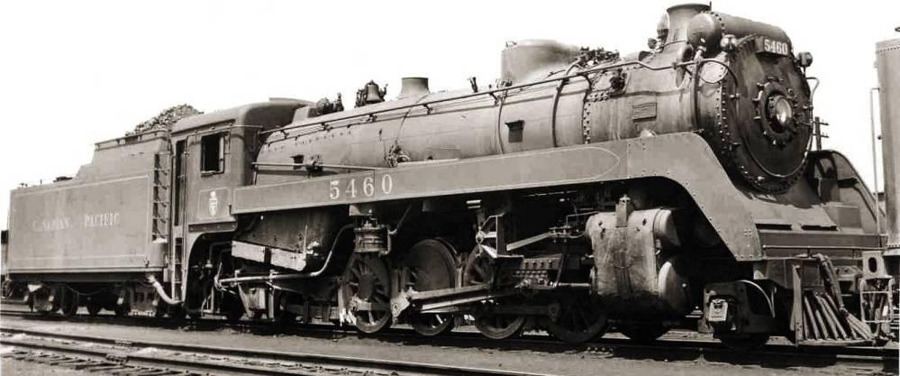 PHOTO - TORONTO - TRAIN - CANADIAN PACIFIC STEAM ENGINE 5460 - 1951