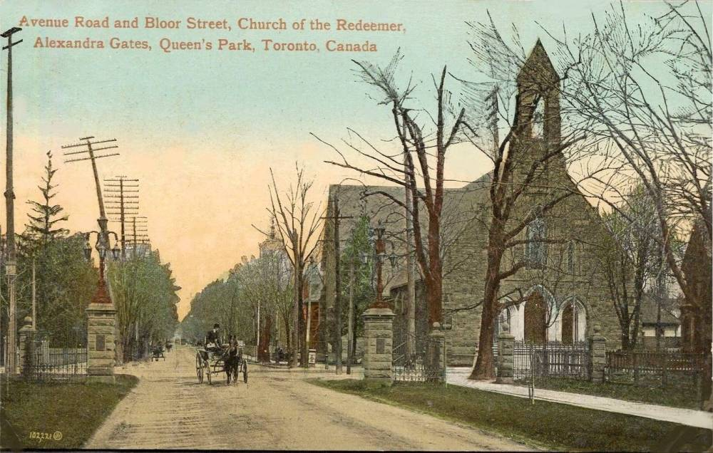 AA POSTCARD - TORONTO - AVENUE ROAD AND BLOOR - LOOKING N GROUND LEVEL - CHURCH OF THE REDEEMER - WAGONS AT ALEXANDRA GATES OF QUEEN'S PARK - TINTED - 1912